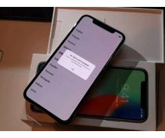 Apple iPhone x 64gb € 399 iPhone x 256gb € 449 iPhone 8 Plus € 350