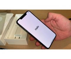 iPhone XS MAX 4 GB RAM és 64 GB, 256 GB, 512 GB